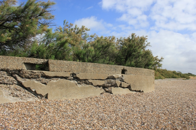 Fortifications between Littlehampton and Atherington